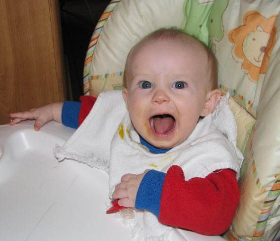 baby-wide-mouth