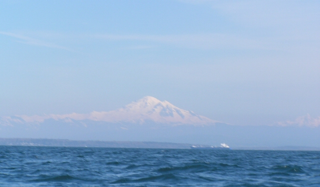 mt-baker-from-the-water